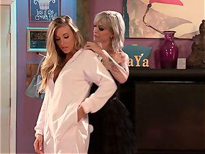 Blazing lezzies Samantha Saint and Kleio Valentien