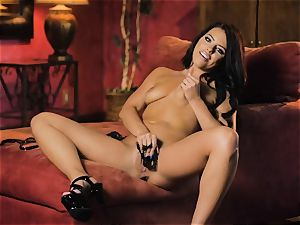 Adriana Chechik red-hot solo getting off session