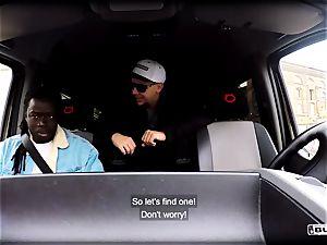 culos BUS - red-hot interracial van fuck with Czech stunner