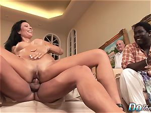 wife Zoey Holloway Cheats, spouse watches