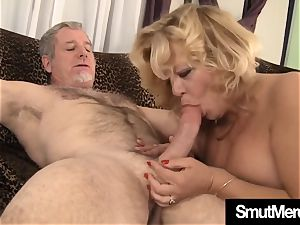 Mature lady wooly poon smash