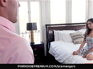 SCAM ANGELS - Gina Valentina gang hump with molten stunners