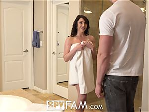 SPYFAM Step mommy tastes step sons-in-law yam-sized rod