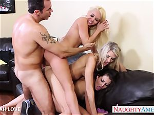 wondrous Aaliyah enjoy penetrating in foursome