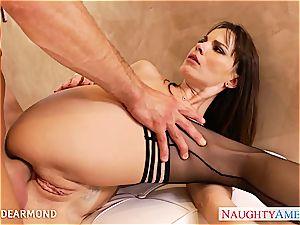 Dana Dearmond gapes her butt for a excellent fuck-fest