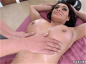Charley pursue juggling on a thick hard-on