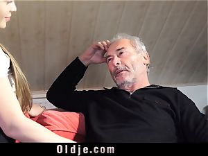 Russian chick inhale The man-meat of an senior grandfather