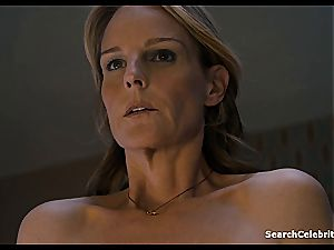 Heavenly Helen Hunt has a clean-shaven vag for viewing