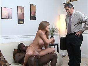 Darla Crane pummels black fuck-stick before her spouse cleans up