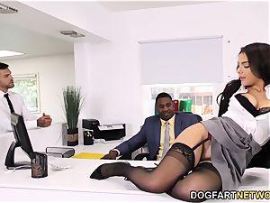 black Immigration Officer Wants Valentina Nappi's ass