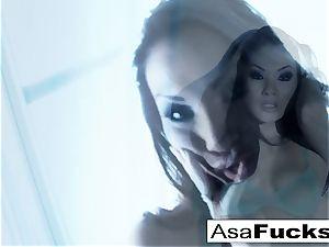 astounding Asa Akira plays with her cootchie